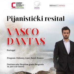 Vasco Dantas, piano